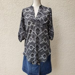 Lush Tunic Top | Geometric Print Rolled Sleeves